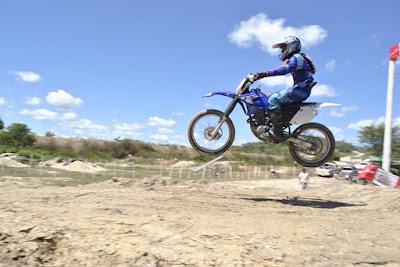 Motoqueiros deram show em duas rodas no Rally Hard Enduro em Luzilândia