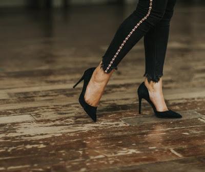 high-heels-travelling2