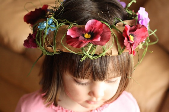 How to make a paper bag crown with flowers - perfect for dressing up like a fairy!