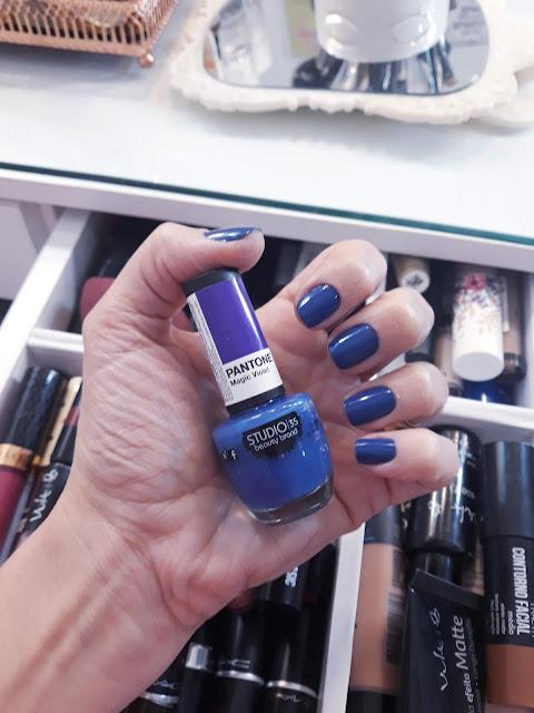 Magic Violet  um Classic Blue?