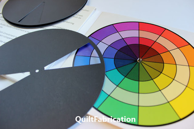 color wheel with an complimentary disc