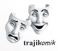 Gülen ve ağlayan maskeler altında yazan trajikomik sözcüğü