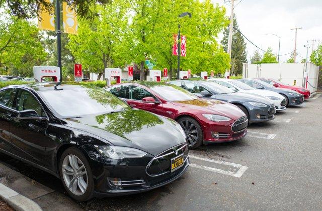 Tesla utiliza contabilidad creativa