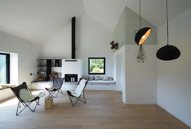 Una casa sostenibile che mette la natura in primo piano