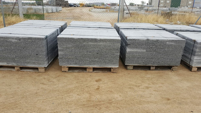 Granito gris quintana precio venta adoquines bordillos for Granito natural precios