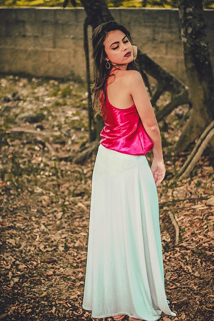 43935f7736 Confesso que de início achei que não usaria essa saia branca em nenhuma  outra ocasião que não fosse o Ano Novo (Revéillon) - que eu particularmente  nem ...