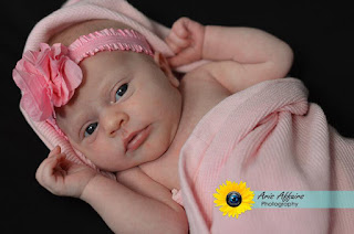 Aris Affairs Photography, family photographer in Prescott, can capture your growing family with newborn/sibling photos.