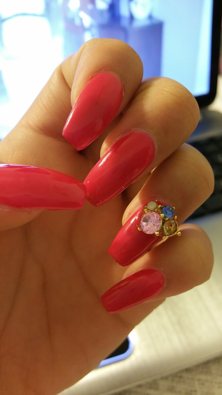 5 things about Acrylic Nails – Lipstick & Vodka