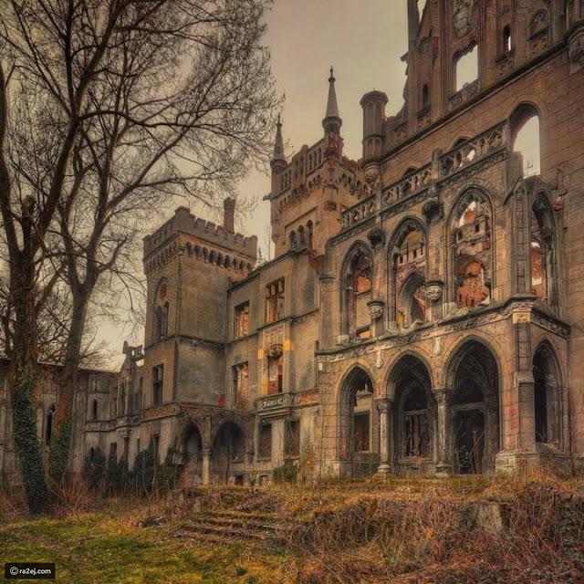 قلعة متفتتة بكوبيس، بولندا