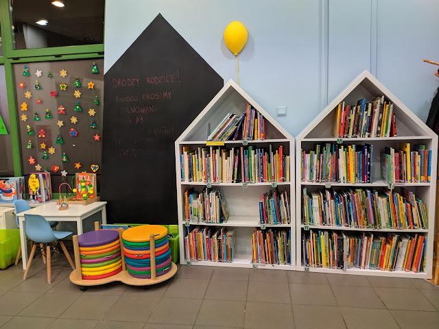 Wrocław Biblioteka na Bulwarze Ikara jak wygląda dla dzieci