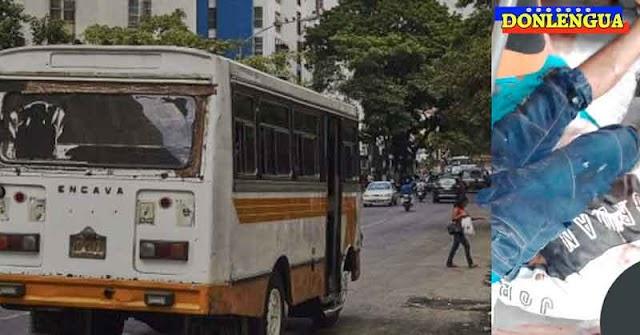 Malandros armados obligaron a un autobusero a llevar dos cadáveres como pasajeros
