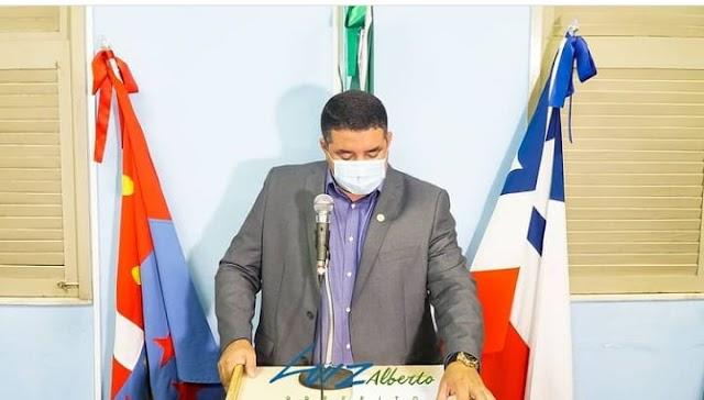 Prefeito de Olindina participa de Sessão Ordinária na Câmara de Vereadores e fala dos primeiros 100 dias de mandato