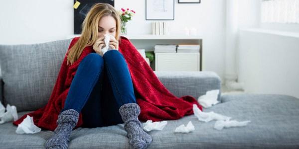 Ciri-Ciri Datangnya Gejala Flu dan Batuk
