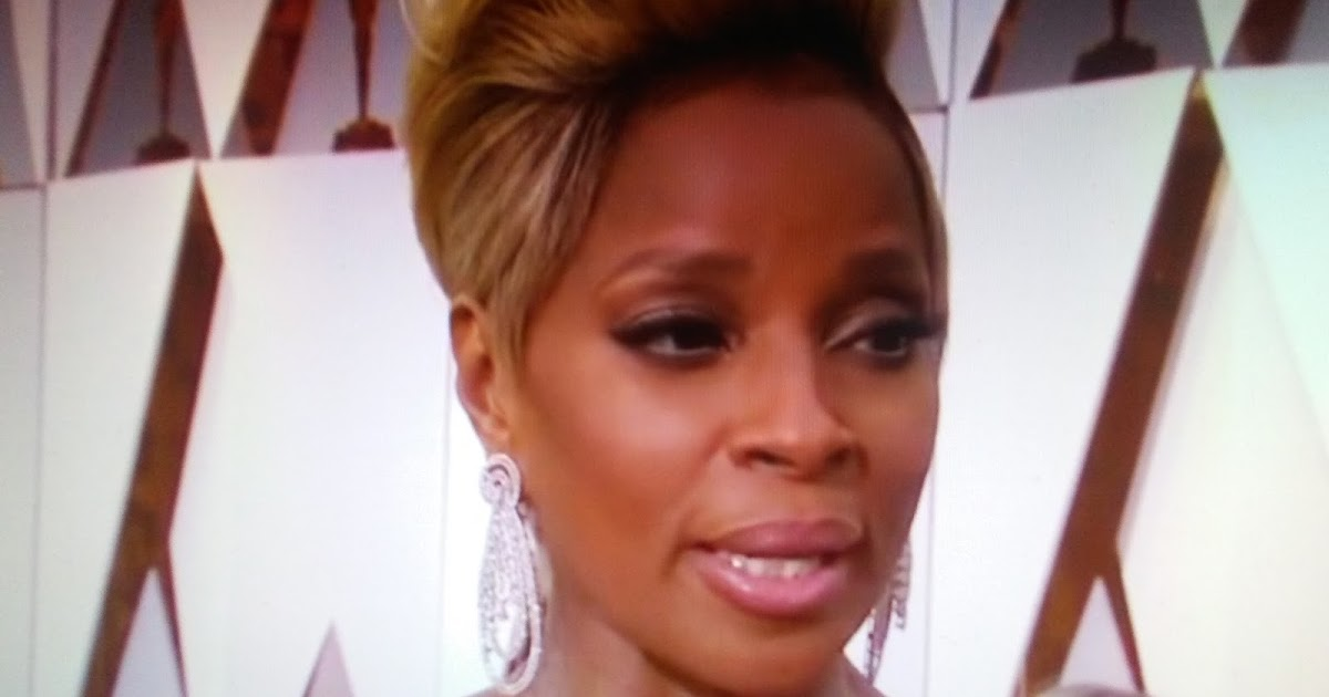 Mary J. Blige: Ryan Seacrest is fighting for his life