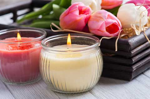 kado pernikahan untuk teman lilin aromaterapi