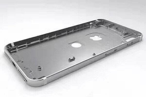 Dịch vụ Thay vỏ iPhone 8 tại hà nội