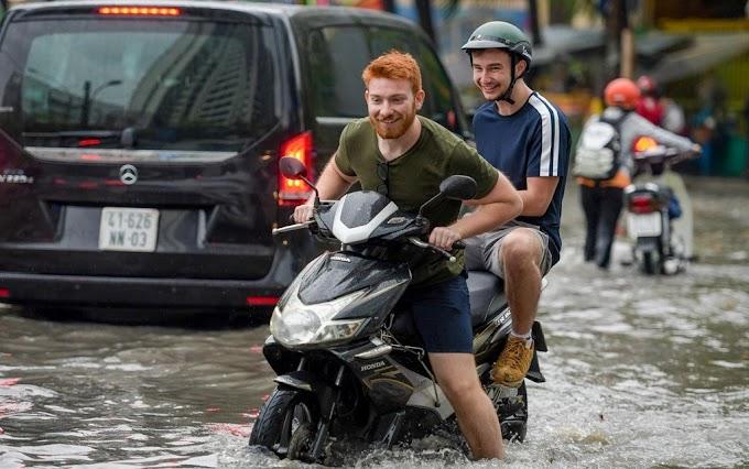 Người nước ngoài được đứng tên đăng ký xe máy ô tô tại Việt Nam?