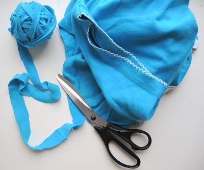Как связать коврик из лоскутов, коврик из трикотажа, самодельный коврик, утилизация, rug, carpet, Mat, utilization, utilisation, recycling