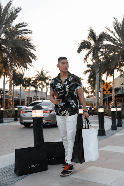 Sawgrass Mills, The Colonnade Outlets, a Miami Must Visit