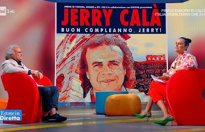 Roberta Capua scarpe verdi tacchi pantaloni jerry Calà estate in Diretta