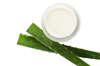 Aloe vera for freckles