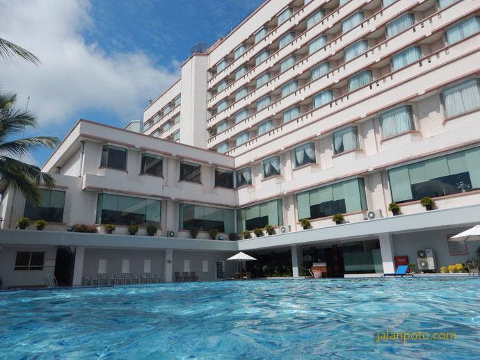 Kolam Renang Hotel Pangeran Pekanbaru