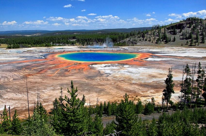 Lo Sapevi Che La Grand Prismatic Spring nel Parco nazionale di Yellowstone è la più grande sorgente calda