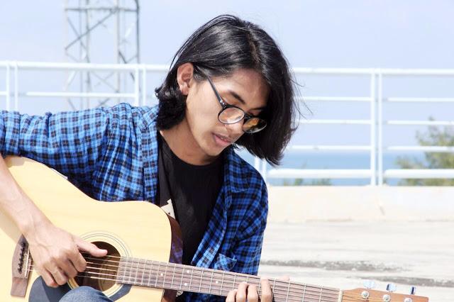 "Youtuber Asal Aceh Rilis Single Terbaru ""Kau Hina Aku Dengan Cintamu"""