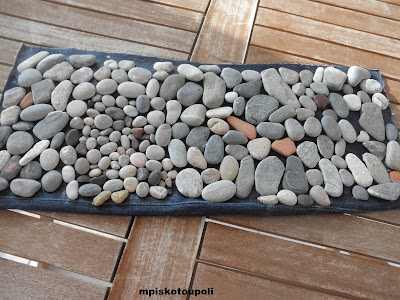 small stones in decoration11