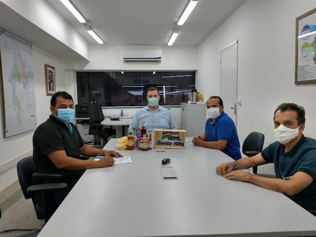 SANTA RITA: Comitiva liderada pelo vice-prefeito Berré é recebida pelo secretario da SAF, Rodrigo Lago