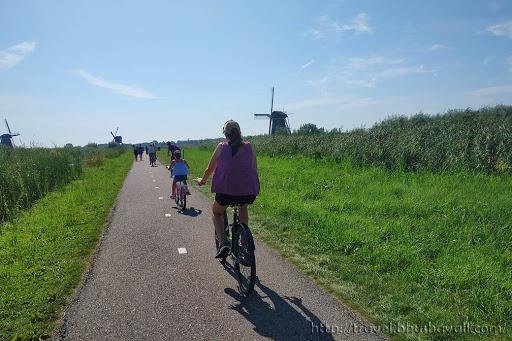 Day trip from Rotterdam - Kinderdijk Windmills