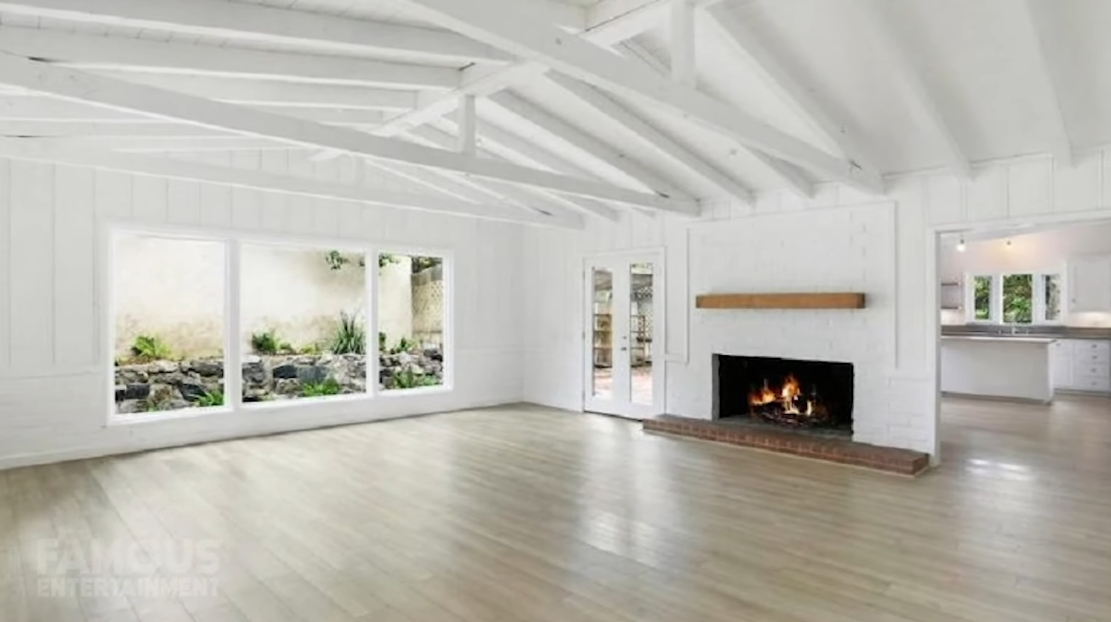 Tour Julia Roberts New Home vs. 32 Interior Design Photos 2020