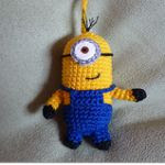 http://www.ravelry.com/patterns/library/minion-2
