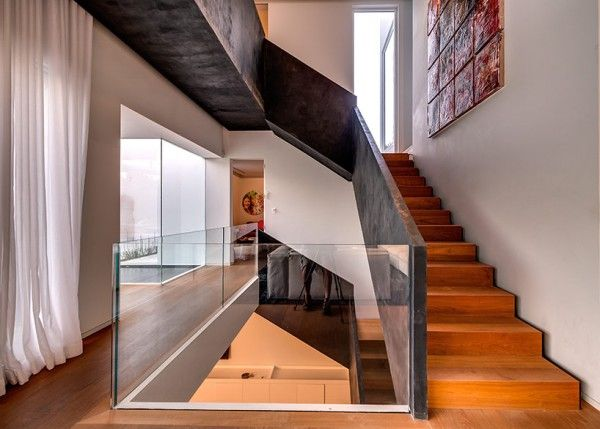wooden staircase railing designs