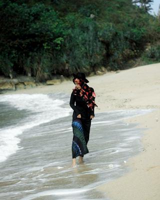 Pantai Teluk Putri memiliki pasir yang bersih dan sangat halus. Foto oleh @nuriimah