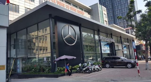Mercedes Hà Nội-City Showroom là đại lý đầu tiên của Mercedes Vietnam Star Automobile tại Hà Nội