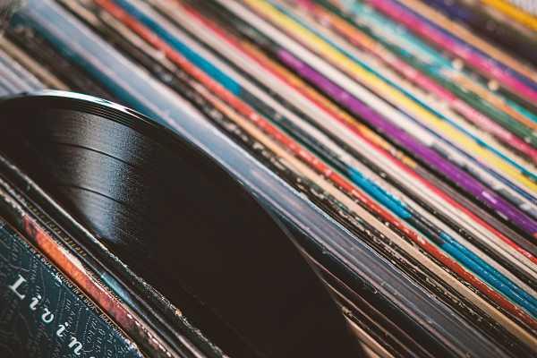 ROCK AROUND: Δέκα αγαπημένοι δίσκοι