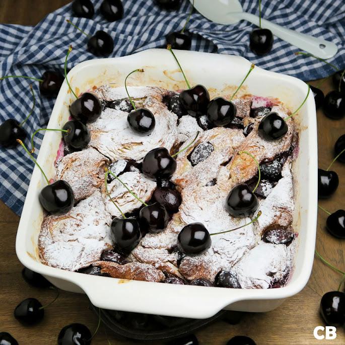 Recept: zo maak je zelf een zomerse croissantpudding met Hollandse kersen!