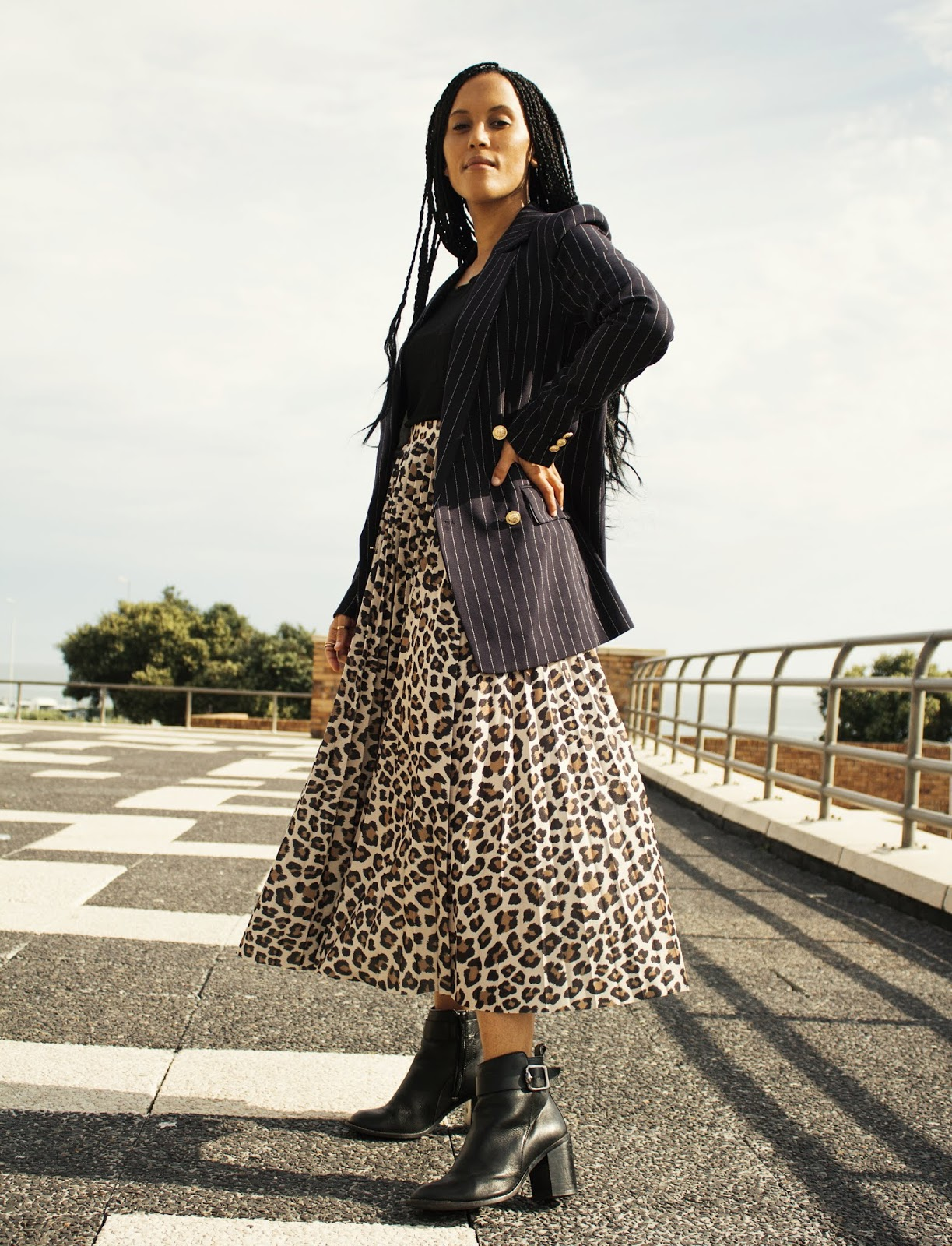 Liezel-Esquire-leopard-pleated-skirt