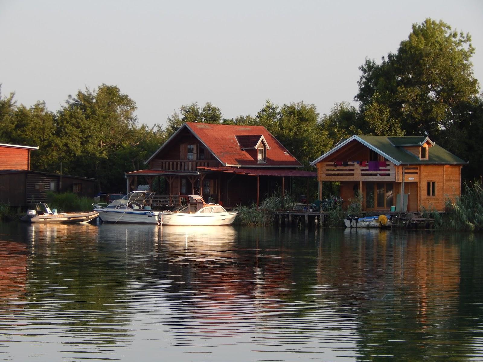 Houseboats Ada Bojana