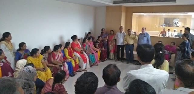 SAPAKS: मंत्री ने मुख्यमंत्री से मिलने की सलाह दी