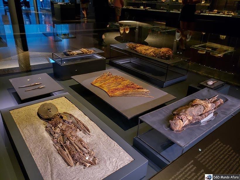 Mais múmias no Museu Chileno de Arte Pré-colombiana em Santiago