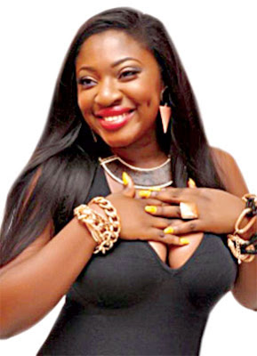 Fans angry with Yvonne Jegede to talk about solutions to celebrity marriage crash