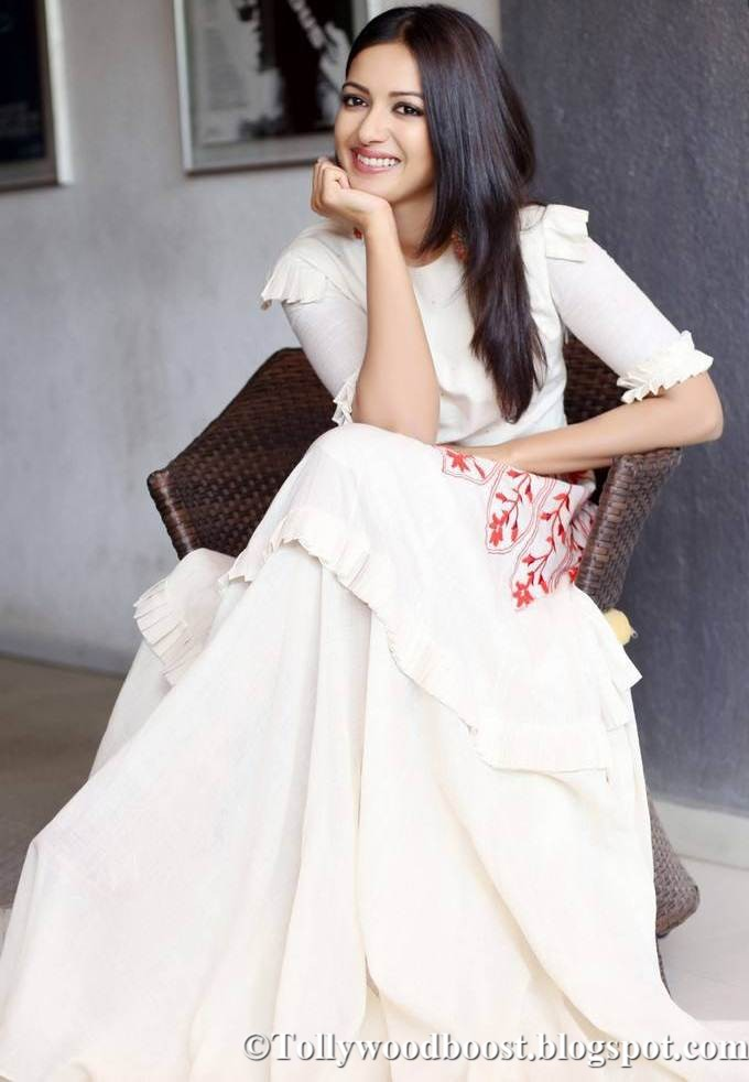 Telugu Girl Catherine Tresa Photo Shoot In White Maxi Dress