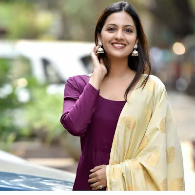 Tejashri Pradhan (Indian Actress) Biography, Wiki, Age, Height, Career, Family, Awards and Many More
