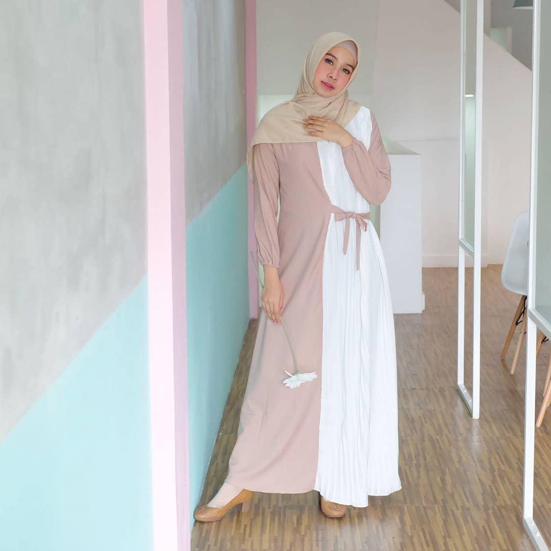 Model Gamis Modern Paling Mewah Dan Terbaik 8 - Model Baju Terbaru