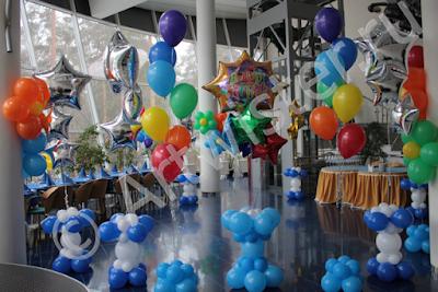 Букеты и фонтаны из воздушных шаров на день рождения