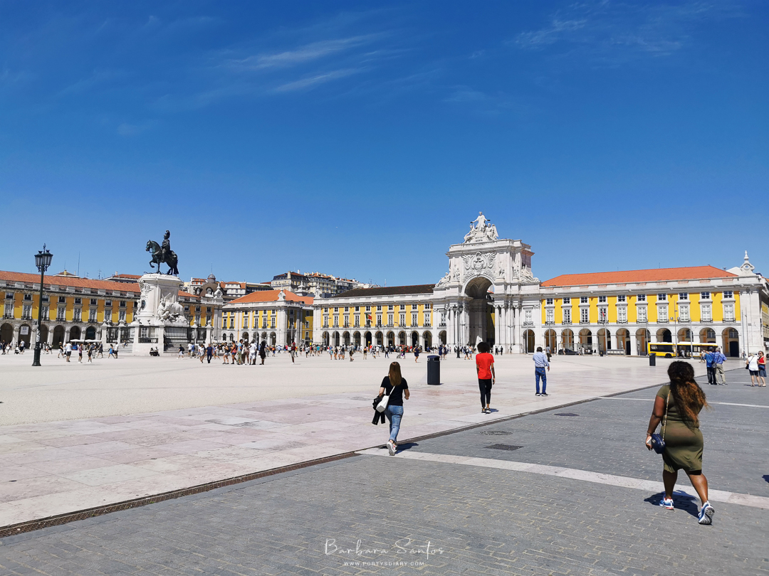 Praça do Comércio, Lisbon, Portugal. All photos by Barbara Santos (Huawei P30 Pro).