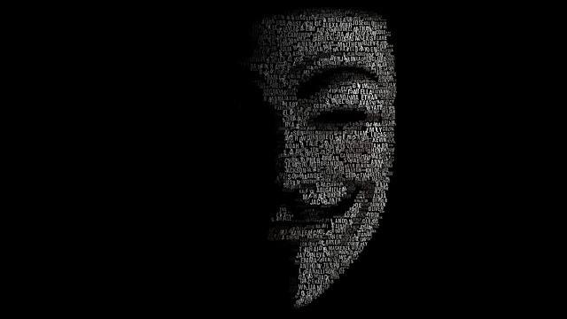 definisi hacker