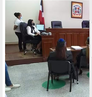 """QUE QUEEEEE!!!Tribunal ordena libertad de Marlin Martínez por asesinato de Emely Peguero. """"El  Internacional """""""
